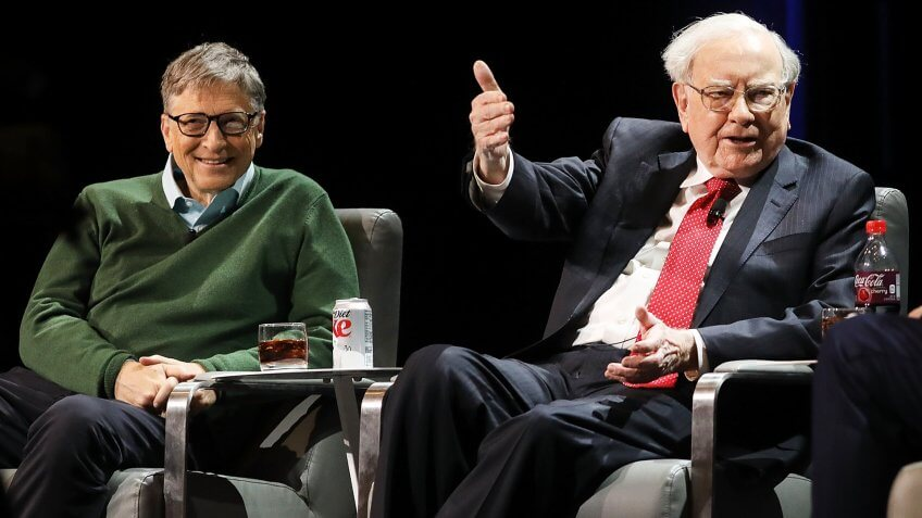 NEW YORK, NY - JANUARY 27: Bill Gates and Warren Buffett speak with journalist Charlie Rose at an event organized by Columbia Business School on January 27, 2017 in New York City.
