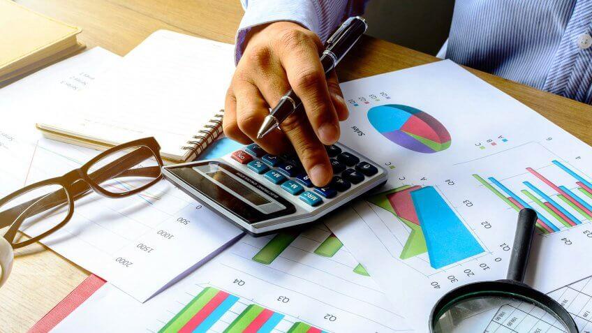 11656, Check Your Savings Numbers, horizontal people