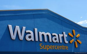 10 Things Investors Need to Know About Walmart's Store Closings