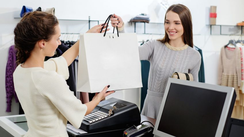 5 Tax Mistakes Retail Workers Make