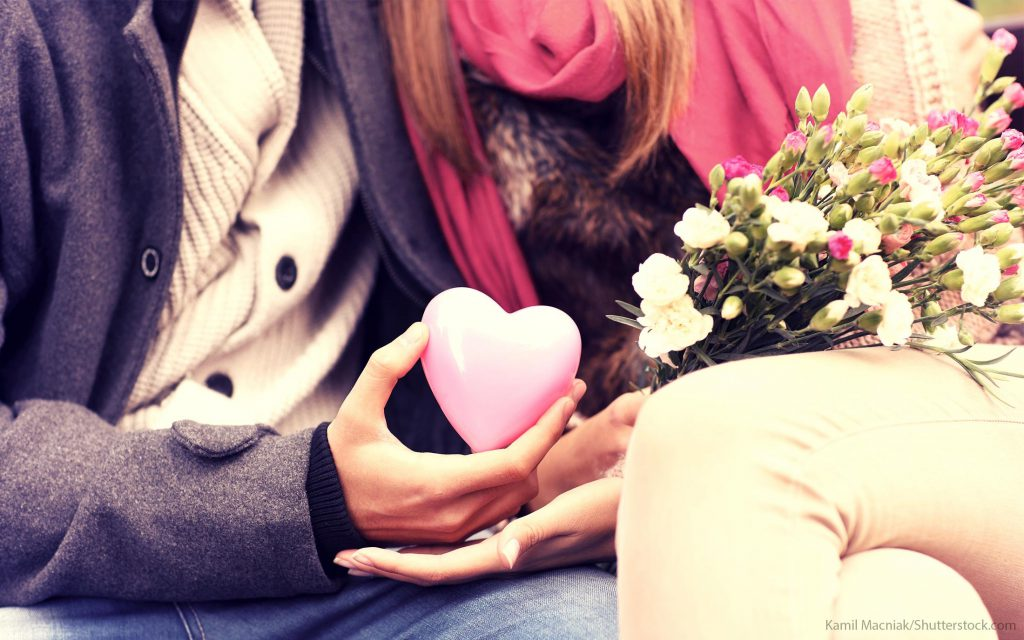 23 Valentine's Day 2016 Coupons, Deals and Freebies
