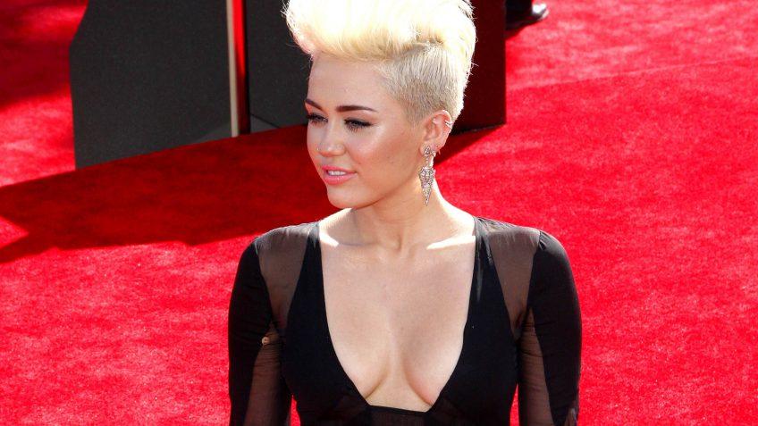 Miley Cyrus Net Worth: $160 Million