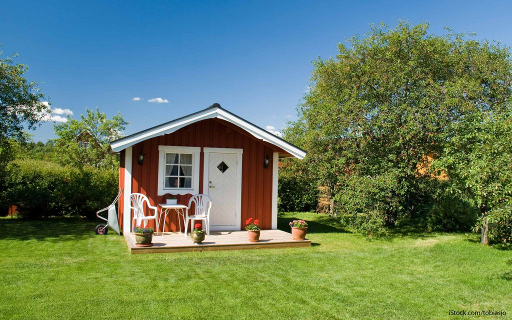 10 tiny homes you can actually afford gobankingrates for How much is it to build a small house