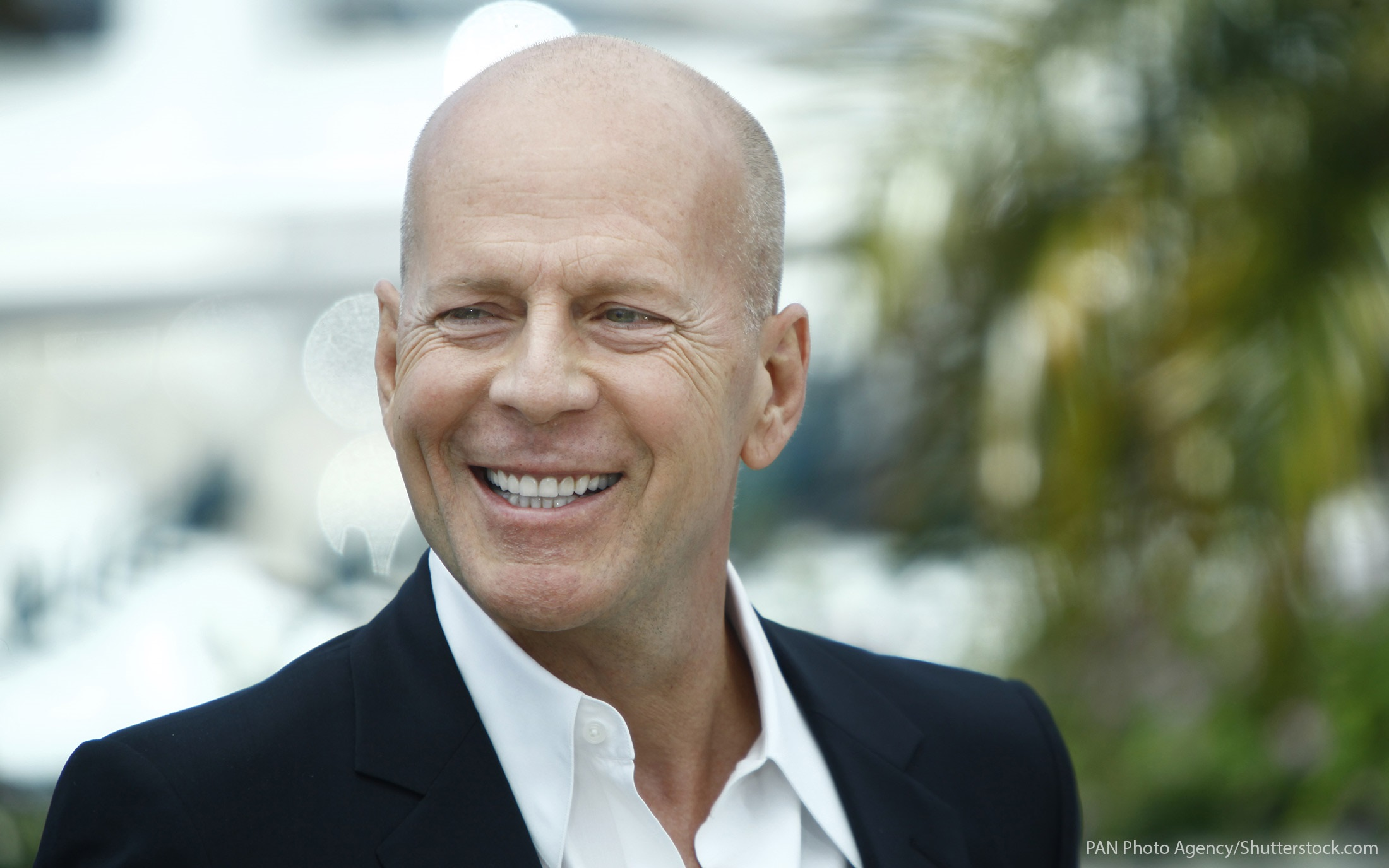 Bruce Willis' Net Wort... Bruce Willis