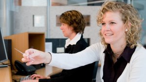19 Administrative Professionals Day Deals, Discounts and Freebies