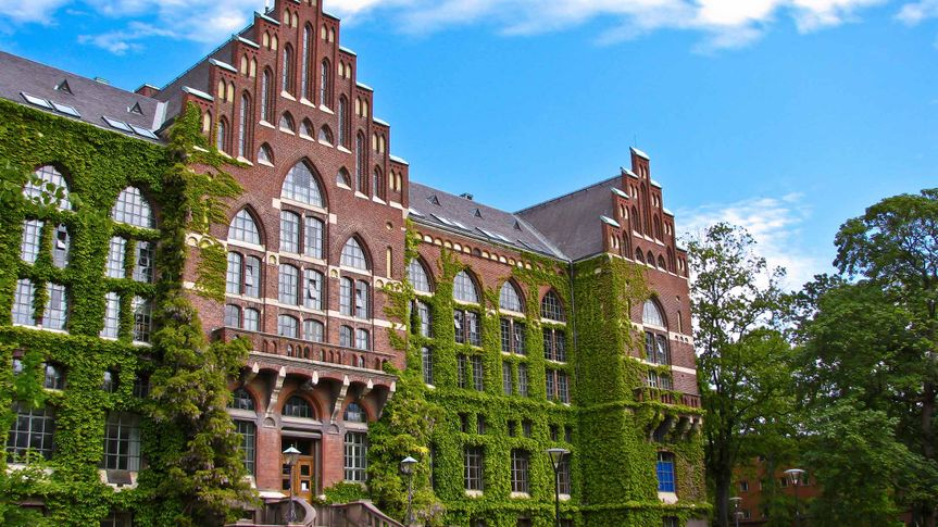 cheapest overseas colleges