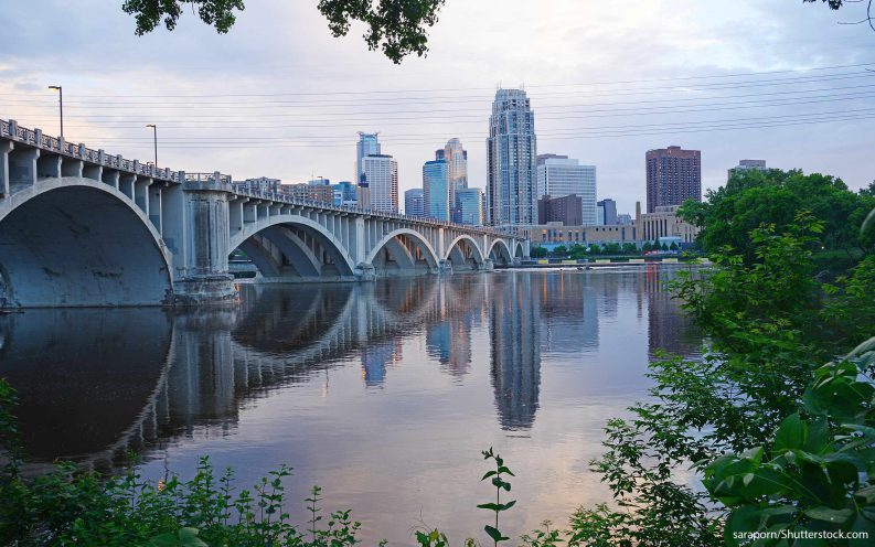 Minneapolis_shutterstock_235973761.jpg