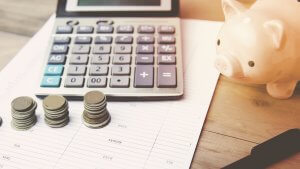 Here's How the Average Savings Account Interest Rate Compares to Yours