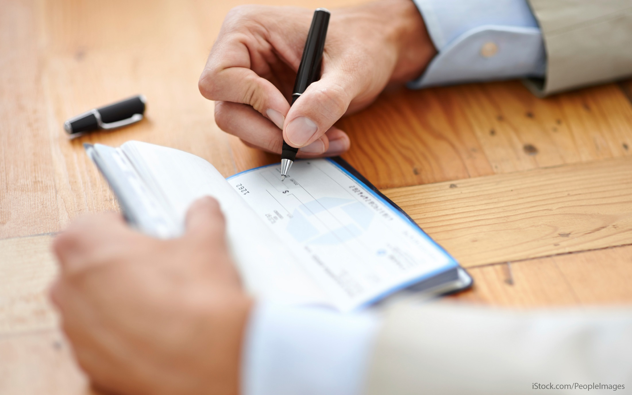 6 Reasons to Open a Business Checking Account