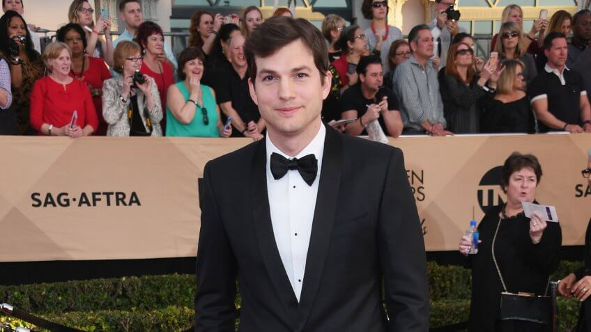 LOS ANGELES, CA - JANUARY 29:  Actor Ashton Kutcher attends the 23rd Annual Screen Actors Guild Awards at The Shrine Expo Hall on January 29, 2017 in Los Angeles, California.