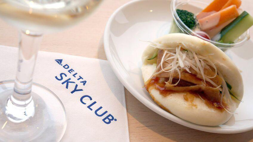 Be an Airline Club Member for a Day