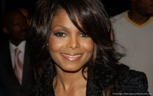 Janet Jackson Pregnant at 49: Cost of Her Pregnancy