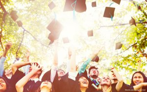 How to Pay Off Student Loans After Graduation: 9 Helpful Tips