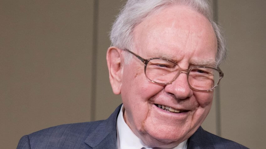 Warren Buffett Invests $1.1 Billion in Apple Stock: Should You Invest Too?