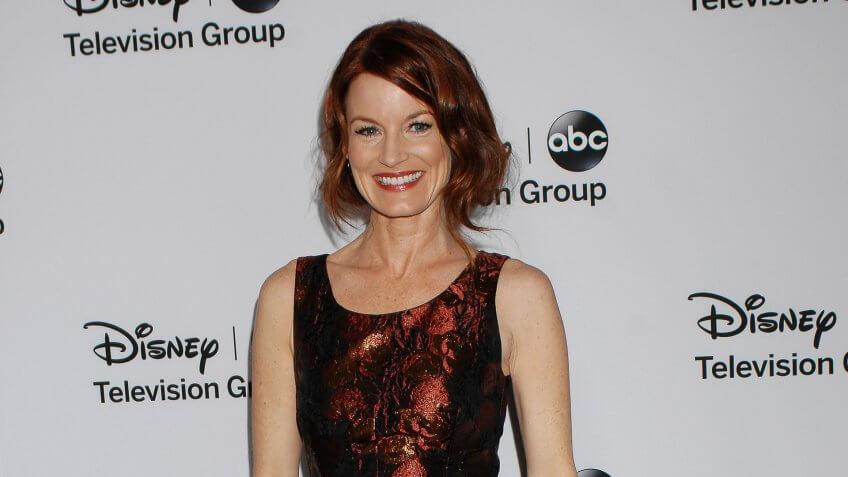 Laura Leighton Net Worth: Unknown