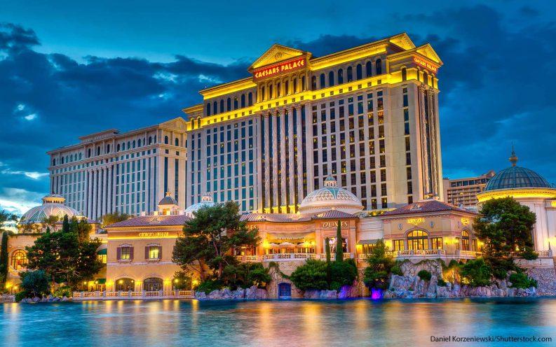 6_Vegas_shutterstock_48261100.jpg