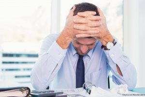 10 Best and Worst Ways to Handle Financial Stress
