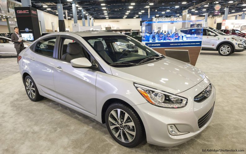 Best Car Mpg: 21 Compact Cars With The Best Gas Mileage