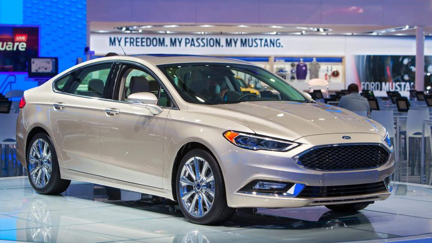 19 2017 Ford Fusion S Combined Mpg