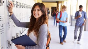 The 8 Best Banks for High School Students