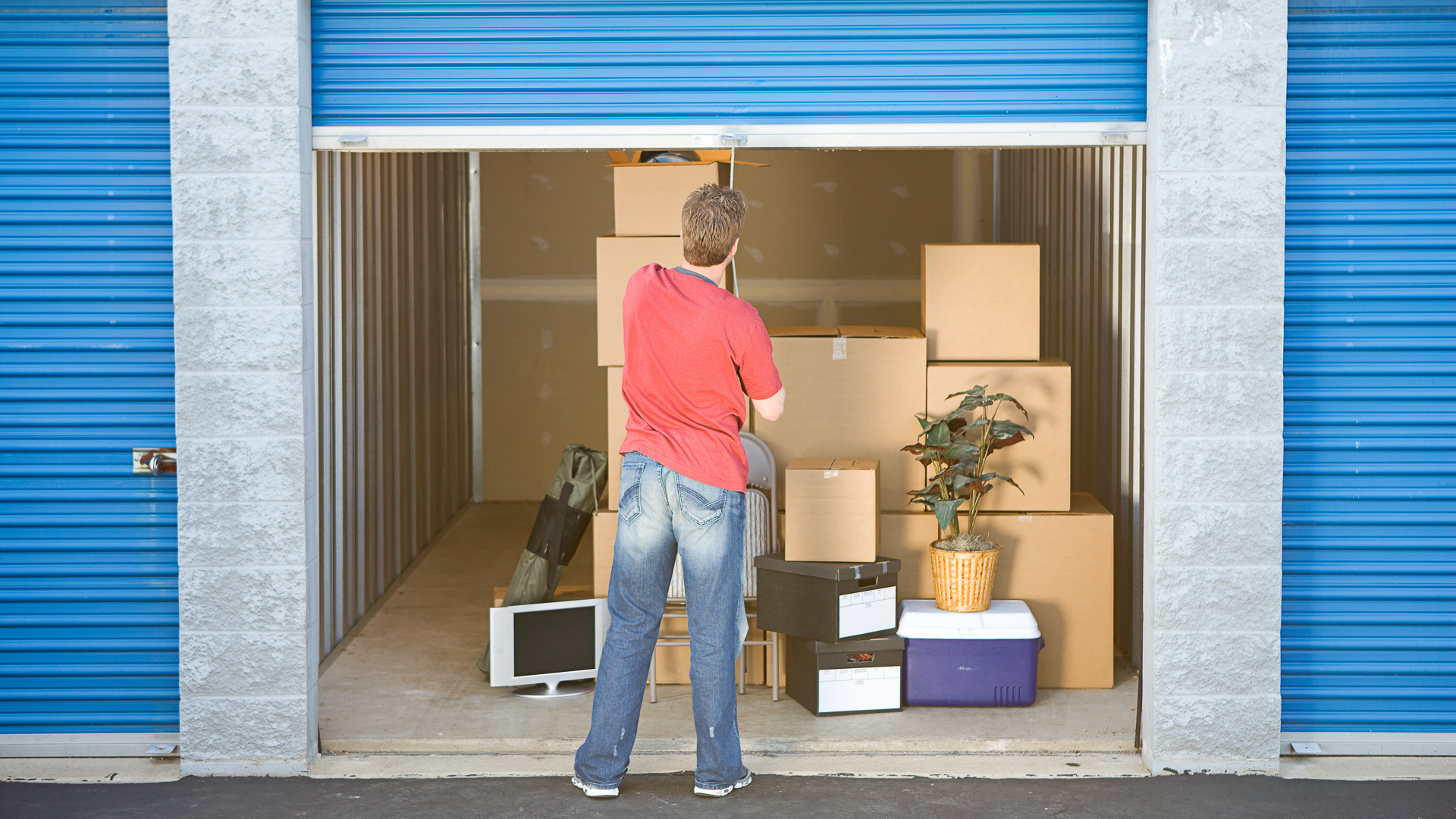 & Why Paying for a Storage Unit Is Always a Terrible Idea | GOBankingRates