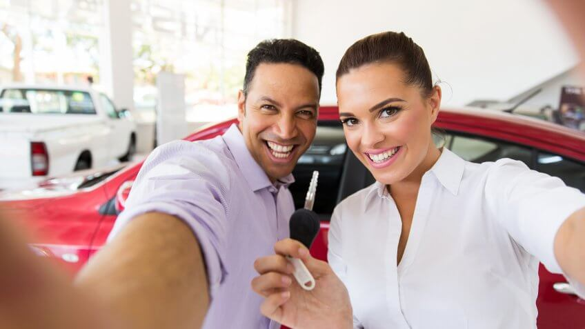 12175, Do: Take a Selfie With Your New Car