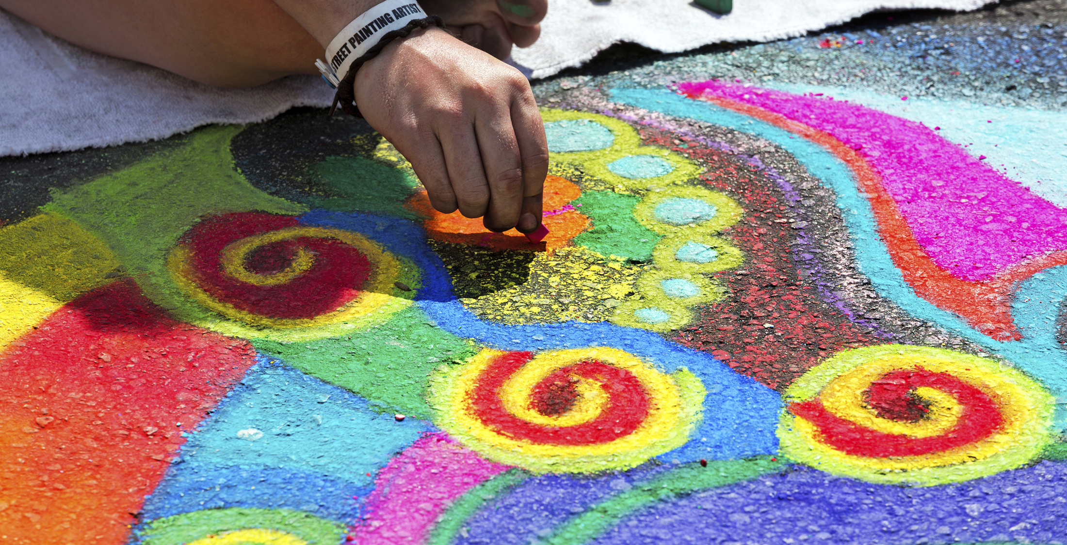 experience some sidewalk chalk art