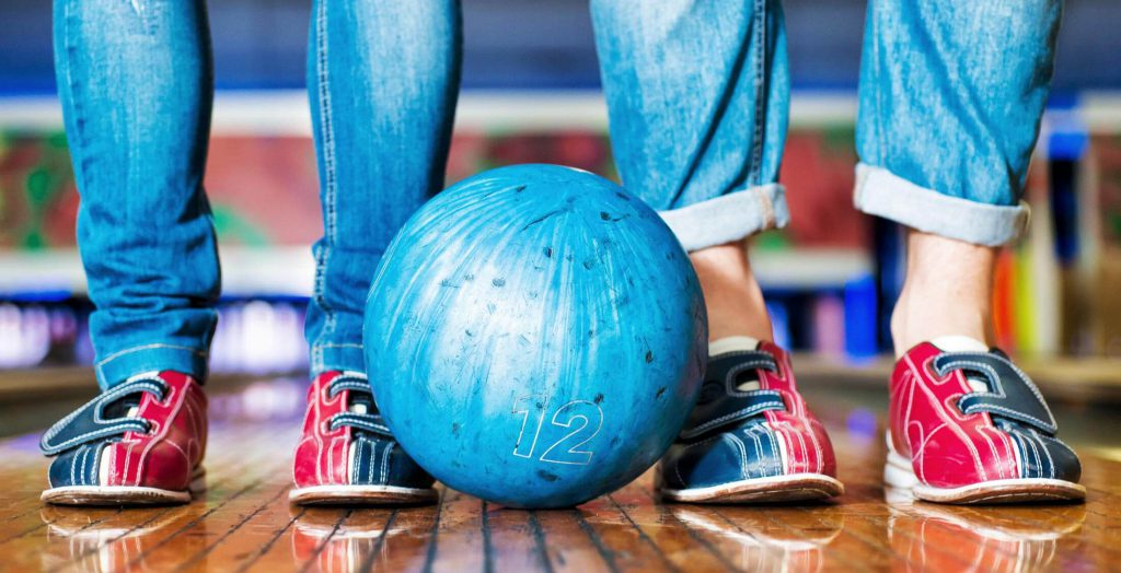 How to Bowl for Free on National Bowling Day 2016 ...