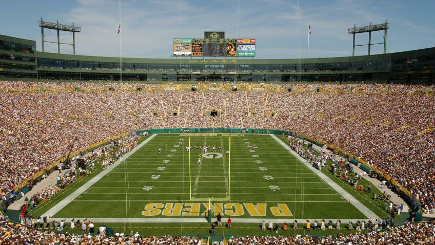 GREEN BAY, WI - SEPTEMBER 19: A general view of Lambeau Field during the game between the Green Bay Packers and the Chicago Bears on September 19, 2004 in Green Bay, Wisconsin.