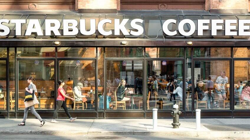 10 Best and Worst Deals at Starbucks