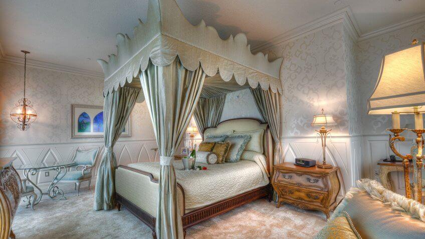 Disneyland hotel suites.