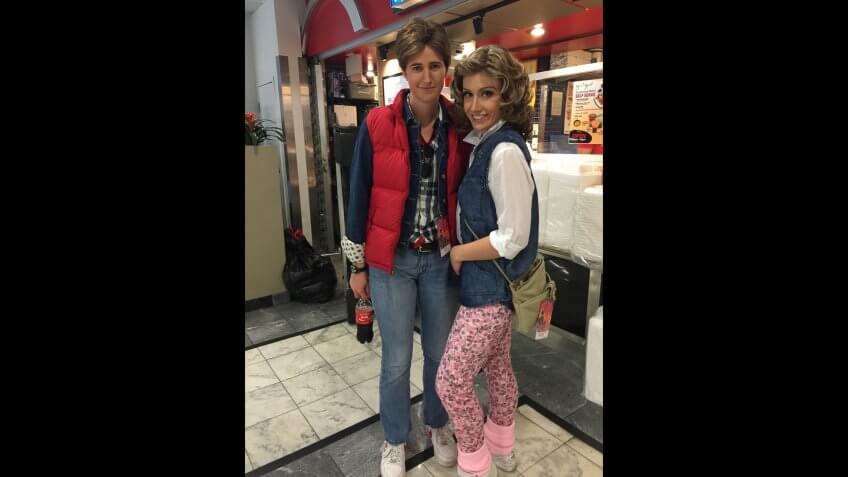 Back-To-Future-Marty-Jennifer