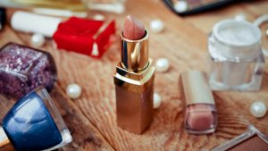 Inexpensive Beauty Hacks Everyone Should Know