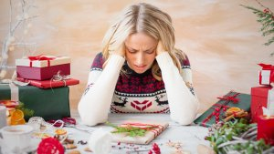 Key Signs You Can't Afford Christmas