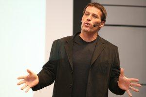 20 Best Money Tips From Tony Robbins
