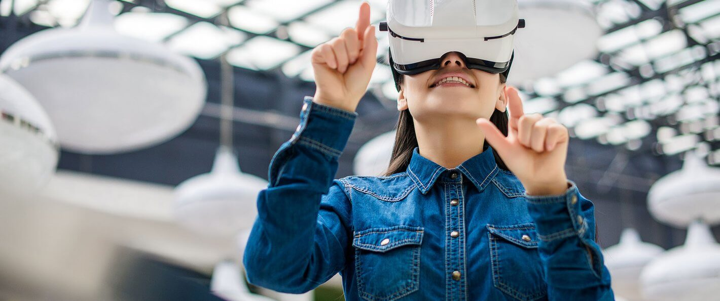 6 Ways To Make Money Through Virtual Reality