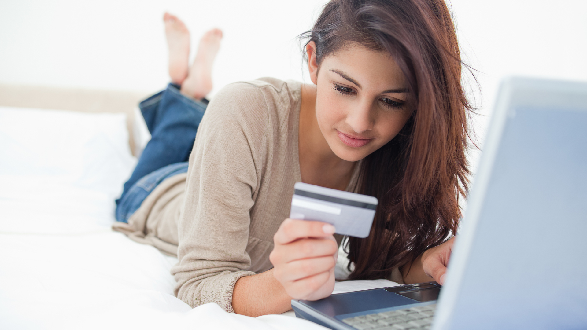 4 Ways to Pay Your QVC Credit Card | GOBankingRates
