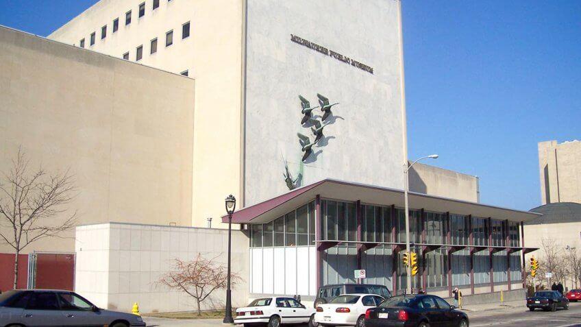 Milwaukee-Public-Museum