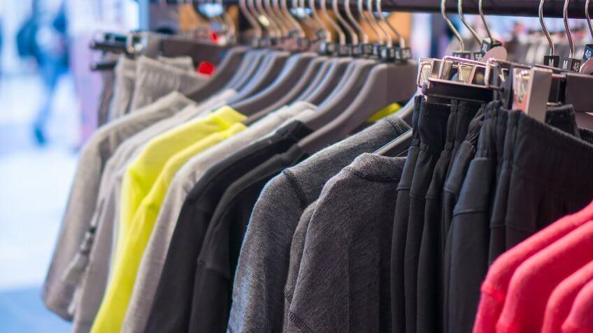 Keep your wardrobe simple.