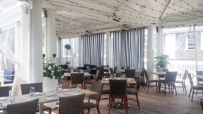 Breeze Restaurant interior