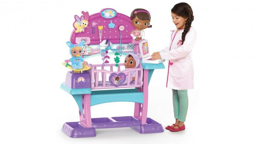 Disney Junior Doc McStuffins Baby All in One Nursery.