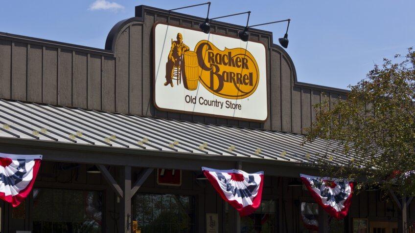 Indianapolis - Circa June 2016: Cracker Barrel Old Country Store Location.