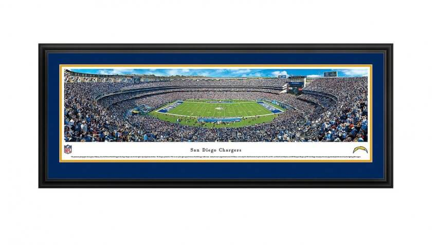 Gifts Every Die Hard Football Fan Must Ask For This