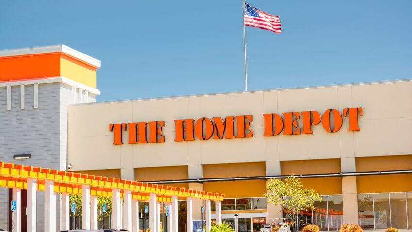 50 stores with the best and worst return policies gobankingrates. Black Bedroom Furniture Sets. Home Design Ideas