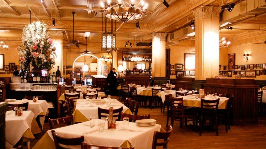 Carmine's restaurant