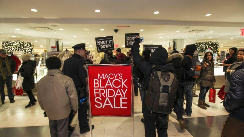 Macy-Black-Friday