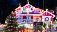 Christmas Light Displays That Can't Be Missed (And Your Cost to See Them)