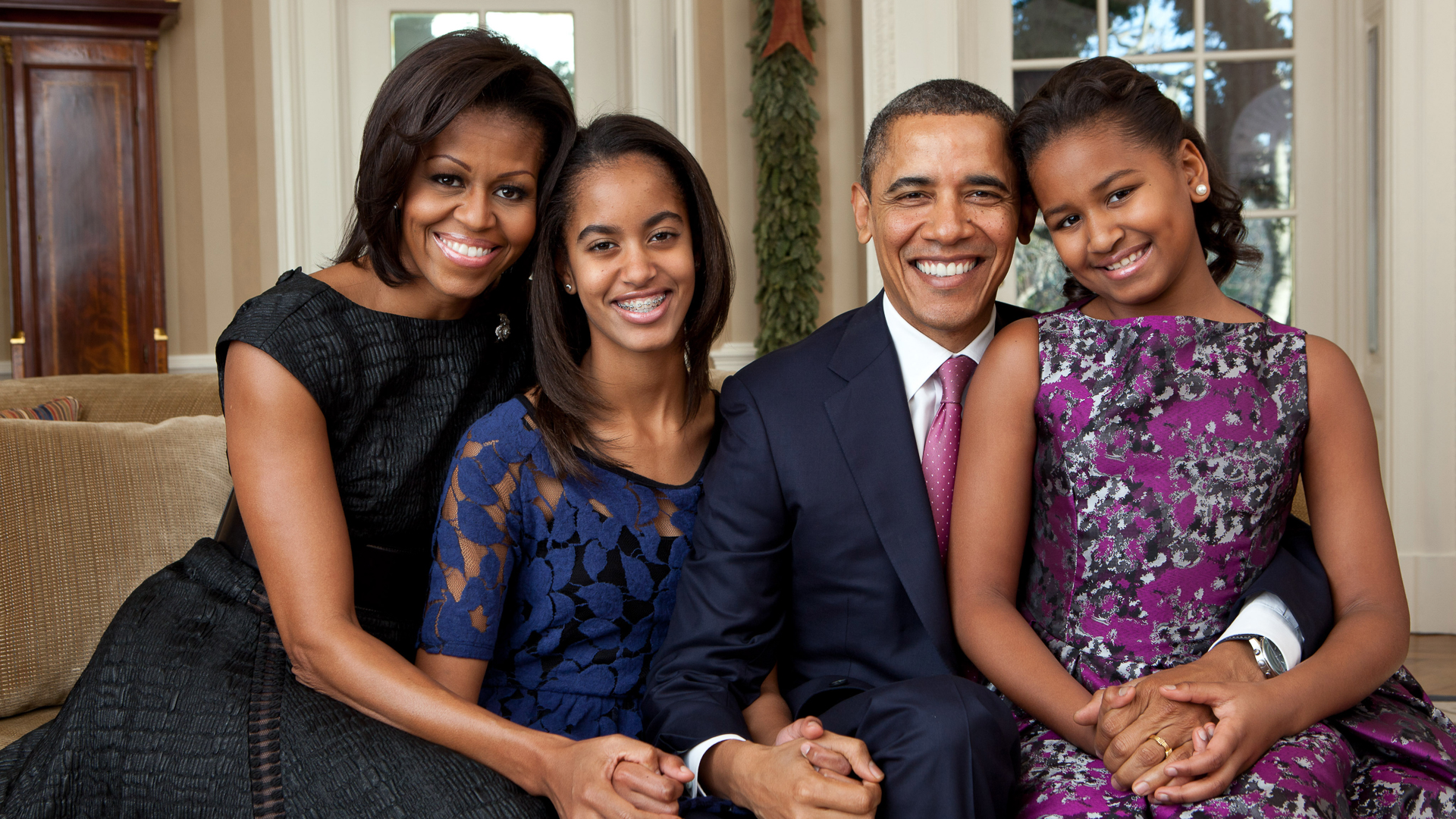 How Much the Obamas\' Final Christmas Vacation in Hawaii Costs ...