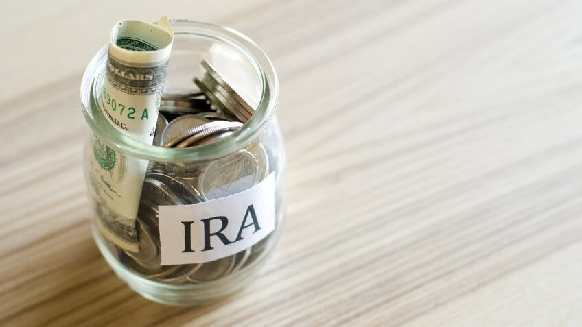 Roth vs. Traditional IRA: Which Retirement Plan Is Best for Me?