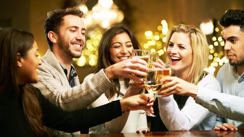 The 7 Best Ways to Save on Drinks